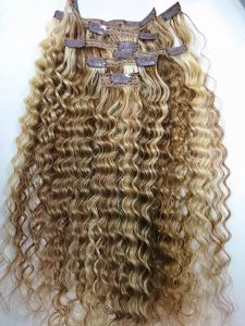 Clip In Curly Hair extensions 20 inches mix color brown and blonde