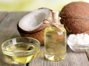 Take care of your hairstyle with natural hair mask at home