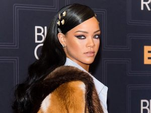 NO MAKEUP RIHANNA SHARES BEAUTY TIPS